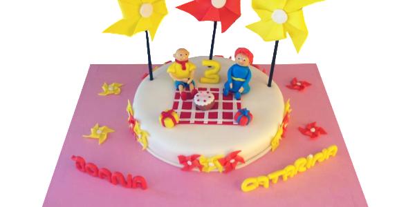 bolo aniversario com ventoinhas_limpo